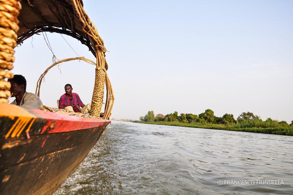 Cruising on the Niger