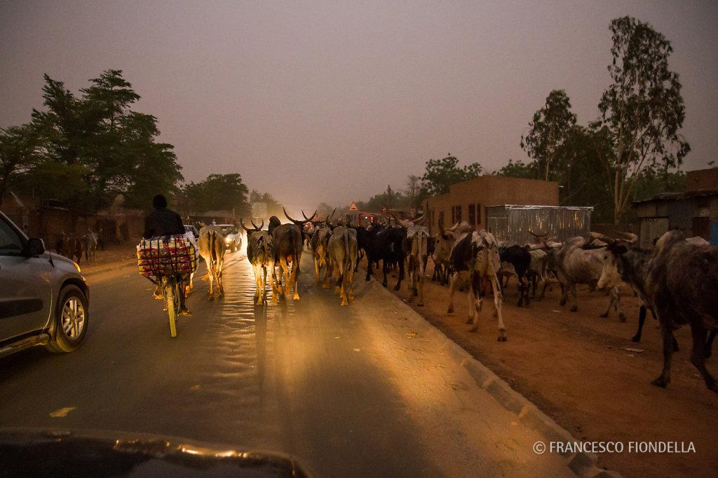 Night traffic, Niamey