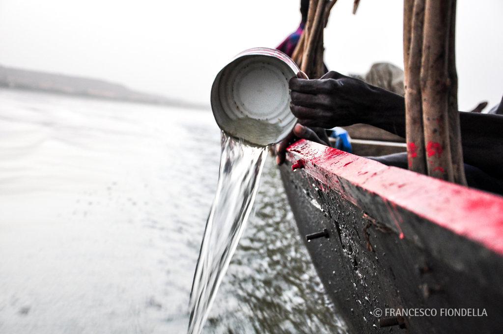 Bailing Water